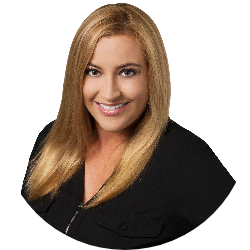 Stephanie Villavicencio Real Estate Agent